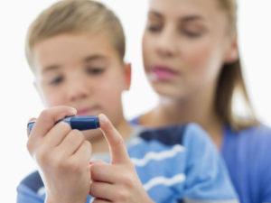 измерение уровня сахара у ребенка