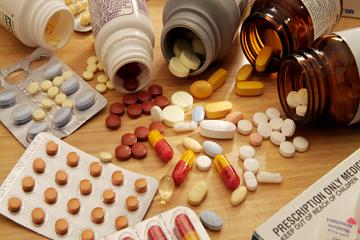 Лекарства при пиелонефрите почек: список препаратов