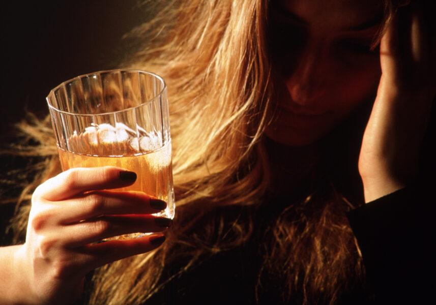 Алкоголизм как проблема молодежи