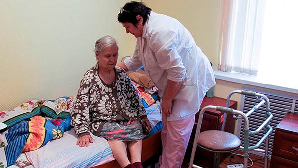 Как выбрать лучший пансионат для больных деменцией?